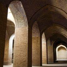 تحلیلی از تعامل فرهنگ و کالبد شهر(اصفهان)
